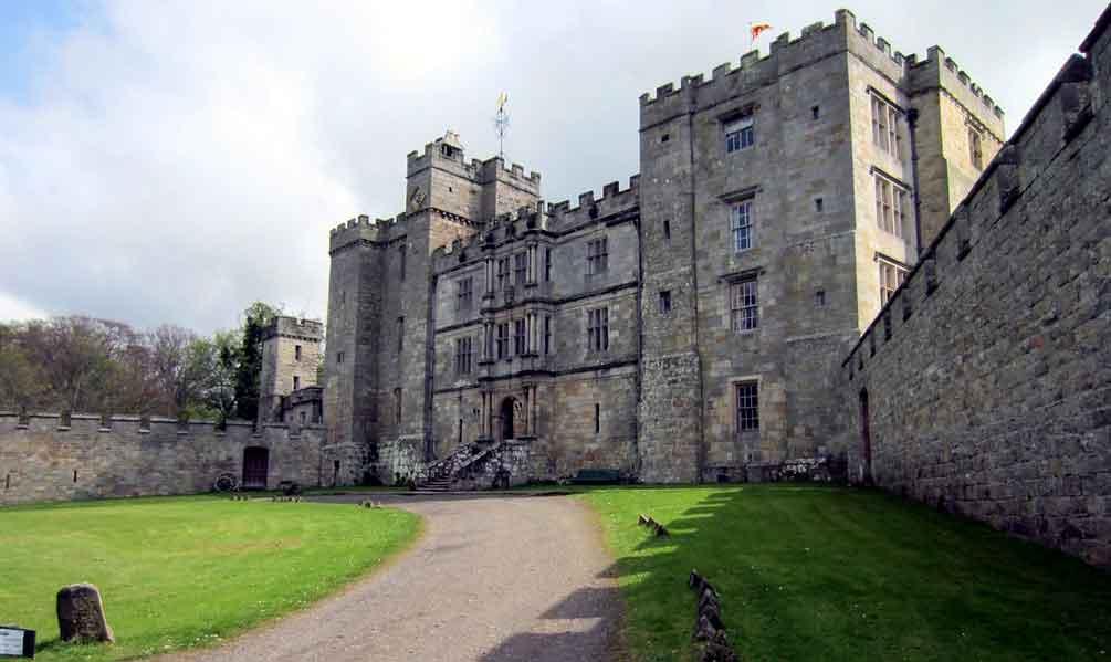kastil Chillingham tempat seram di dunia