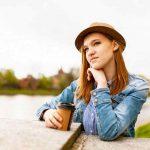 Tips Perawatan Kulit: Minuman Anti Penuaan dengan Kelapa dan Kunyit