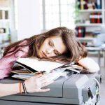 Tips Makeup Saat Kurang Tidur dan Gak Punya Banyak Waktu