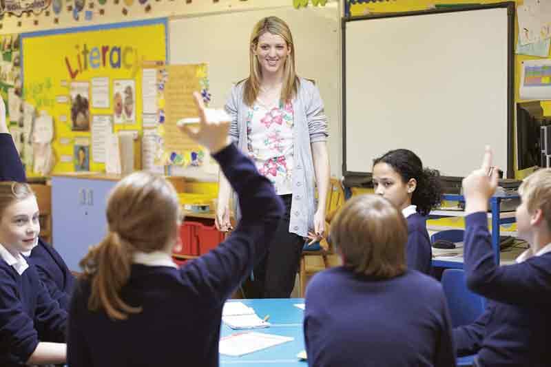Cara menjadi guru yang disukai murid-muridnya